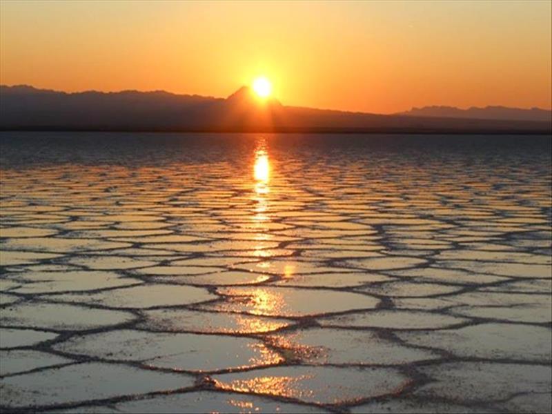 دریاچه-نمک-خور