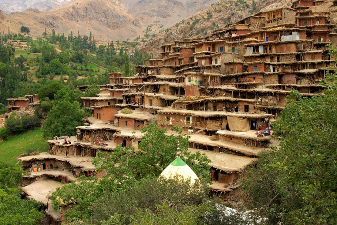 عجیب ترین روستاهای ایران کدامند؟