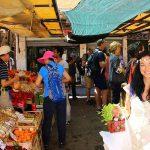 خرید از بازارهای محلی