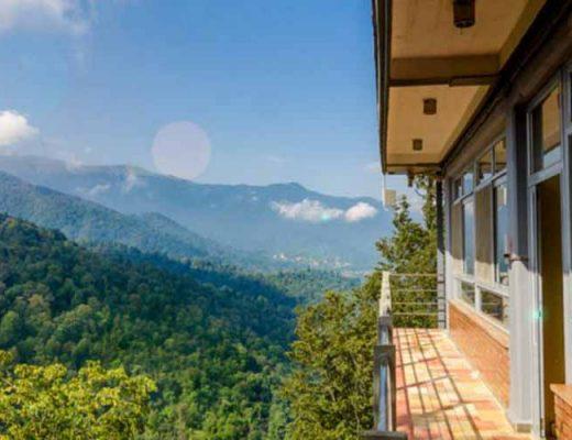 هتل بام رامسر در مجموعه بام سبز به خودی خود از جاهای دیدنی رامسر است.