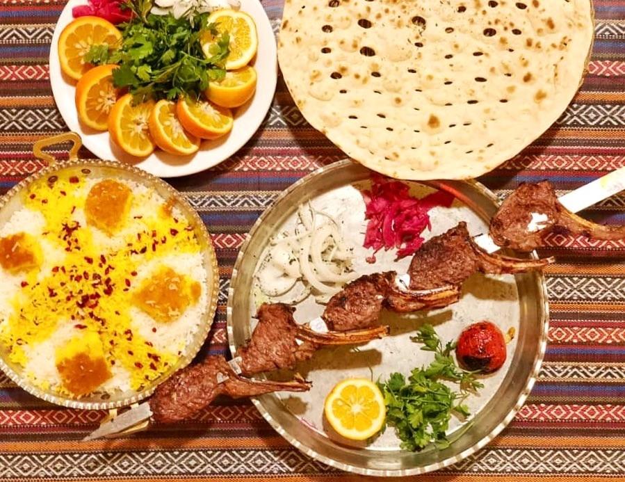 رستوران شاندیز حاجی