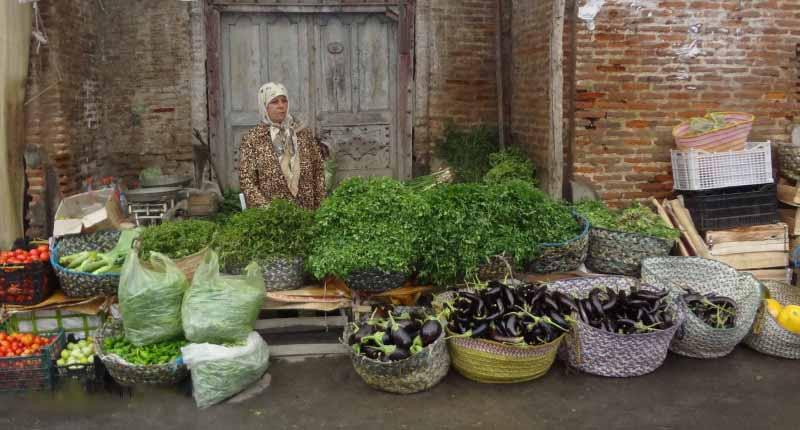 راهنمای مراکز خرید لاهیجان، شهر کلوچه و چای