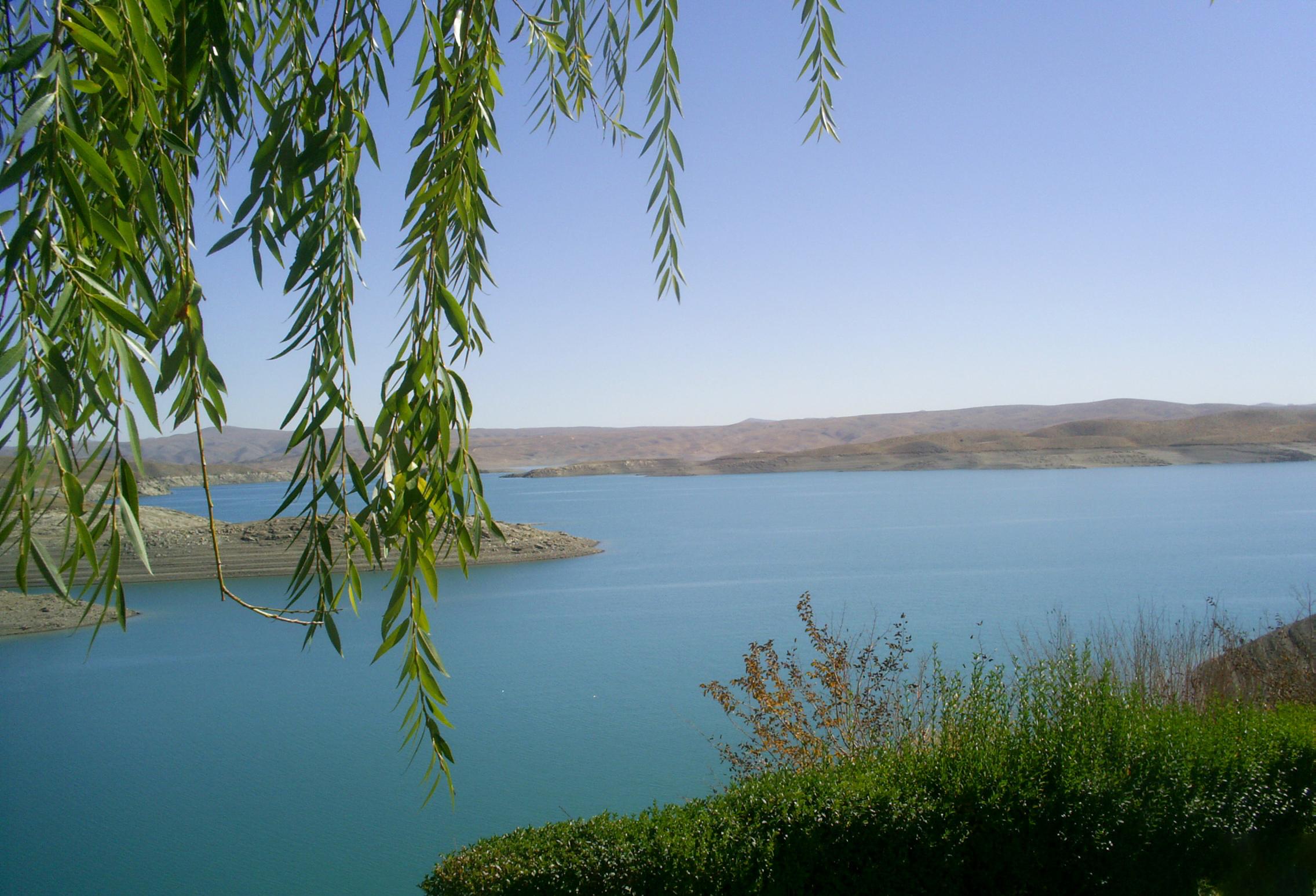 دریاچه سد چادگان