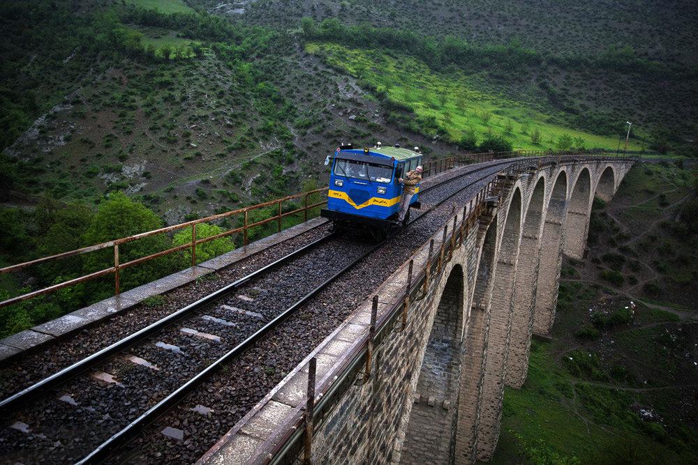 قطار روی پل ورسک