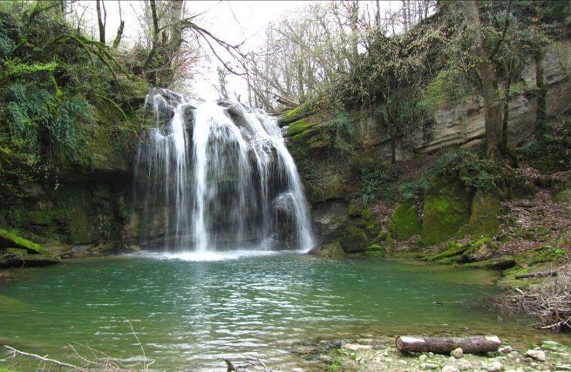 آبشار هفت تیرکن