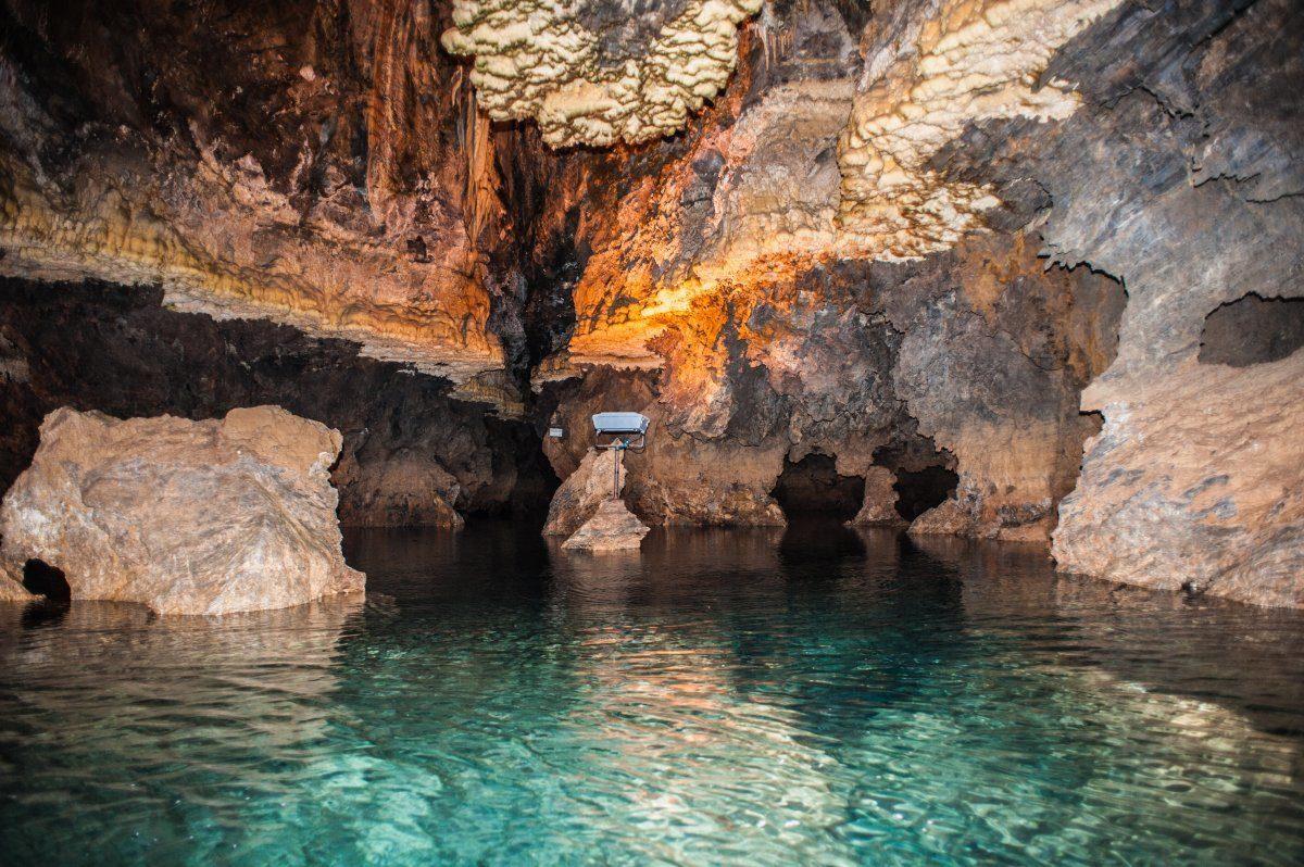 غار قوری قلا