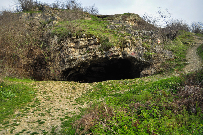 غار هوتو