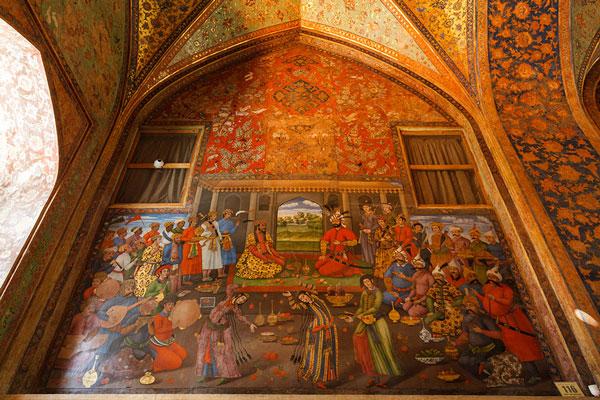 نقاشی های کاخ چهلستون اصفهان
