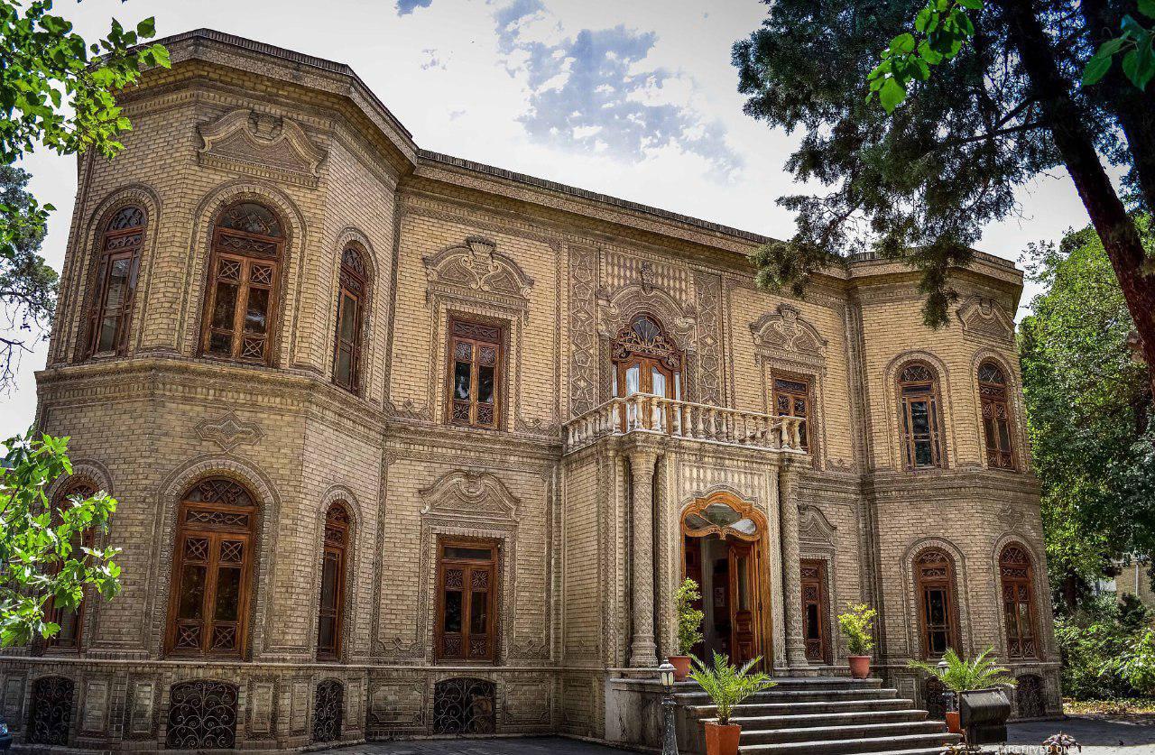 بنای موزه آبگینه