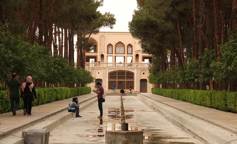عمارت باغ دولت آباد یزد