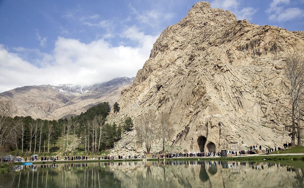 عکس طاق بستان در کرمانشاه