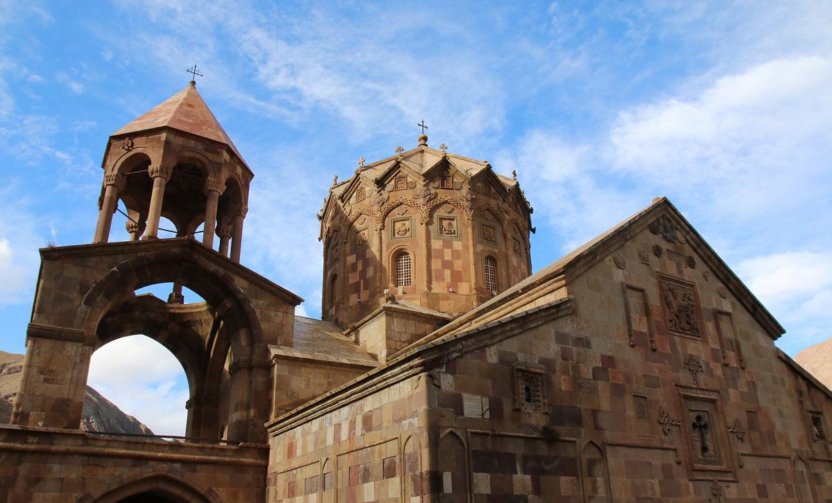 نمای بیرونی کلیسای سنت استپانوس
