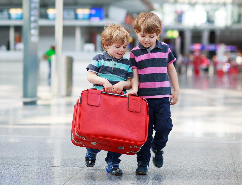 تنها سفر کردن کودکان