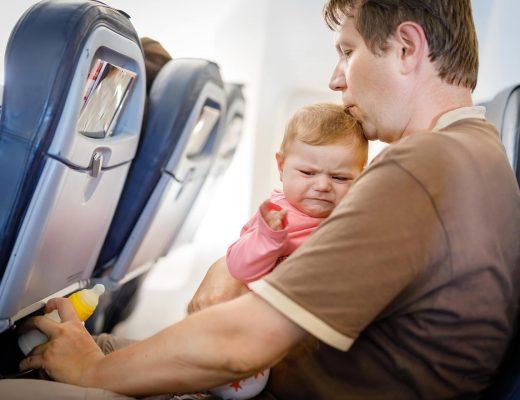شرایط بلیط هواپیما برای کودکان