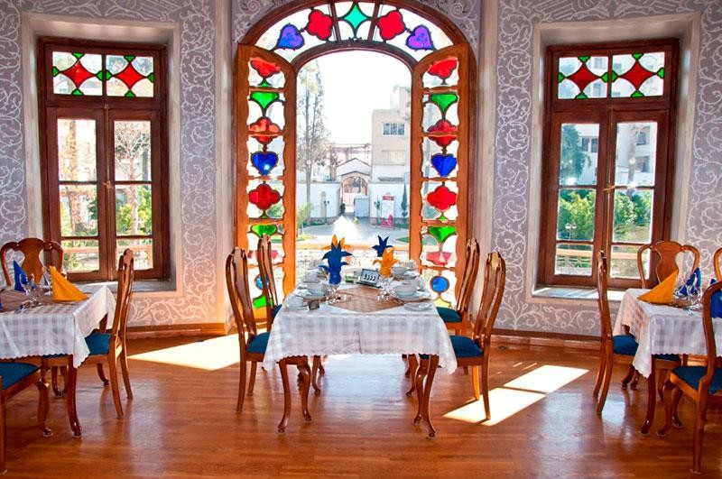 رستوران عمارت شاپوری
