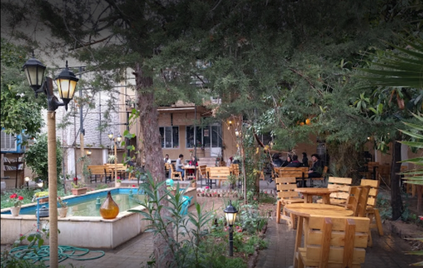 کافه رستوران شهر کاغذی