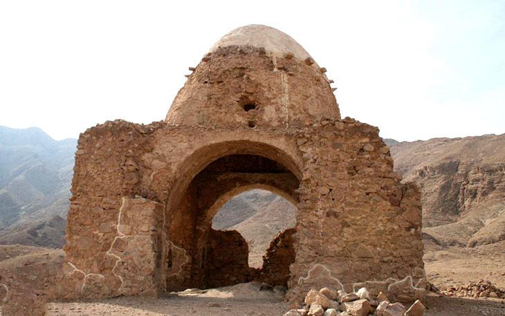 دیوار باستانی انارک