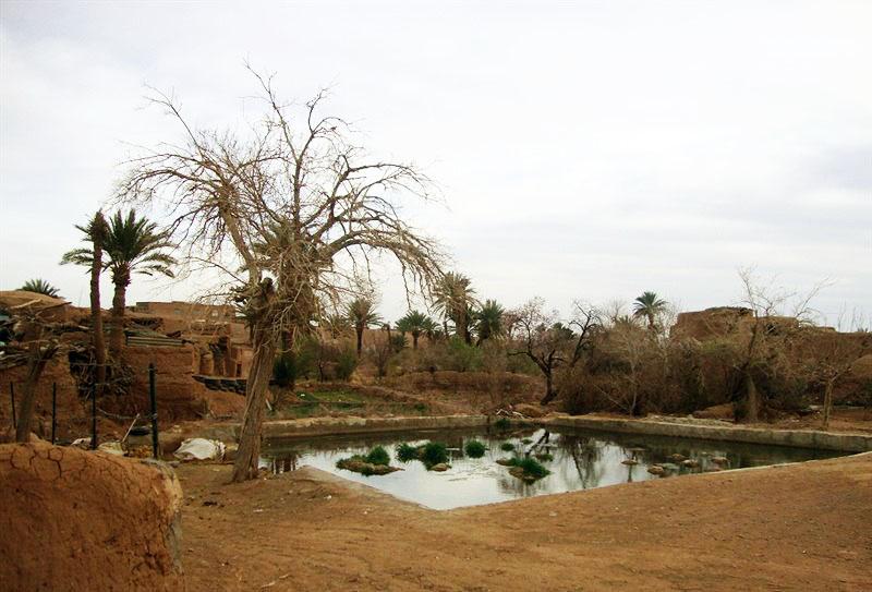 روستای عروسان خور