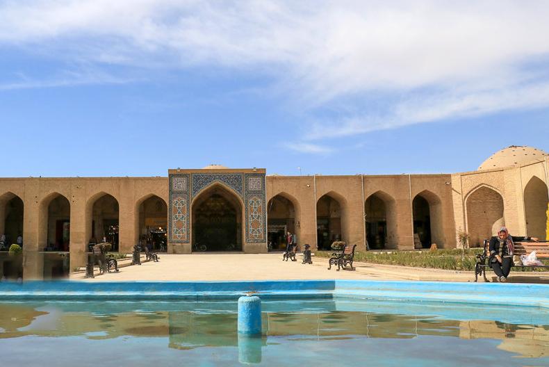 محوطه بازار کرمان