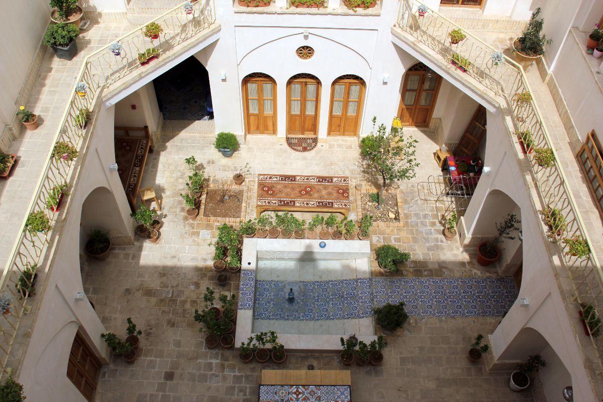 اقامتگاه سنتی سرای امیر