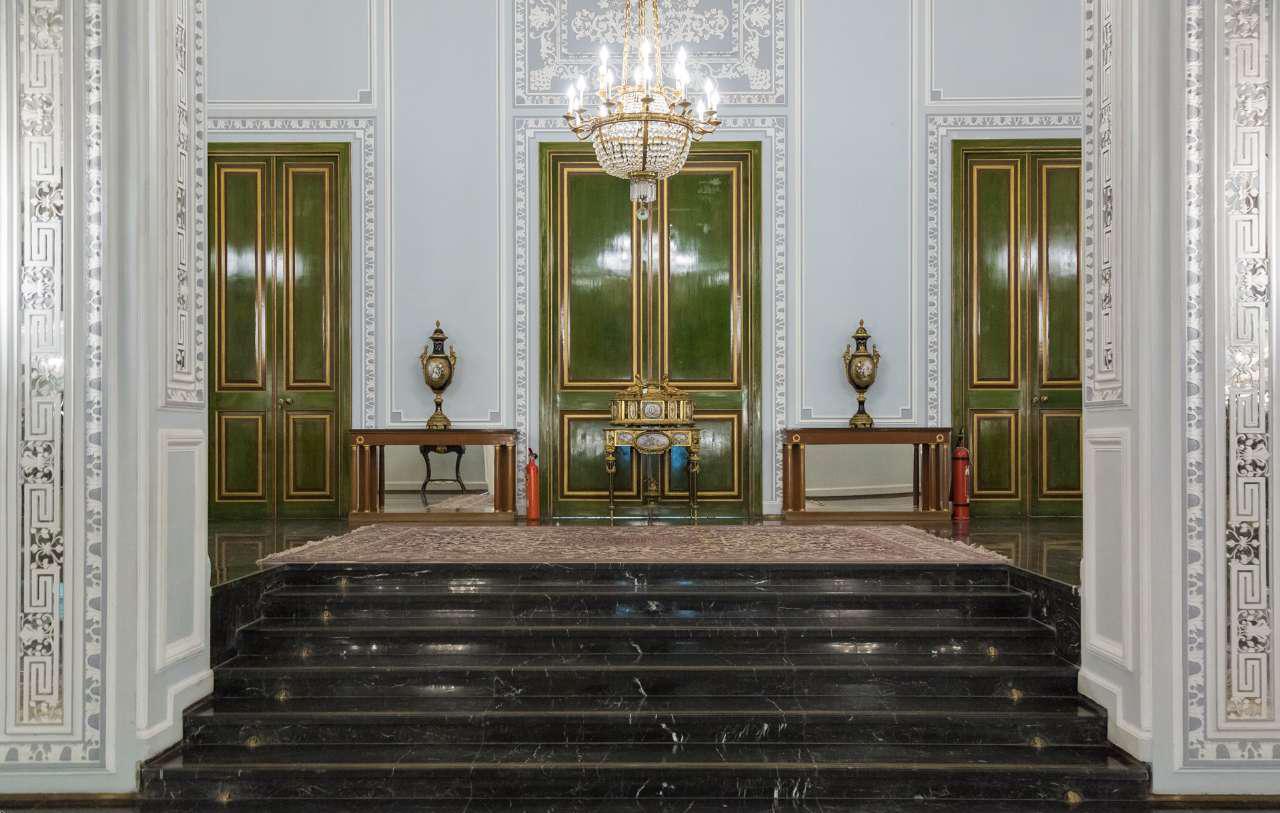 کاخ اصلی نیاوران