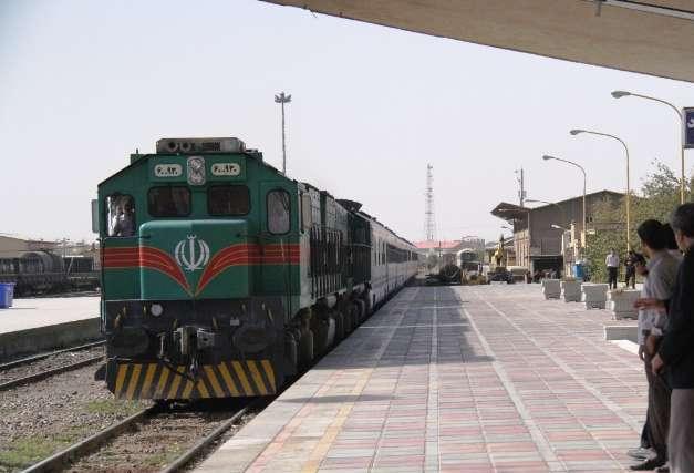 قطارهای تهران یزد