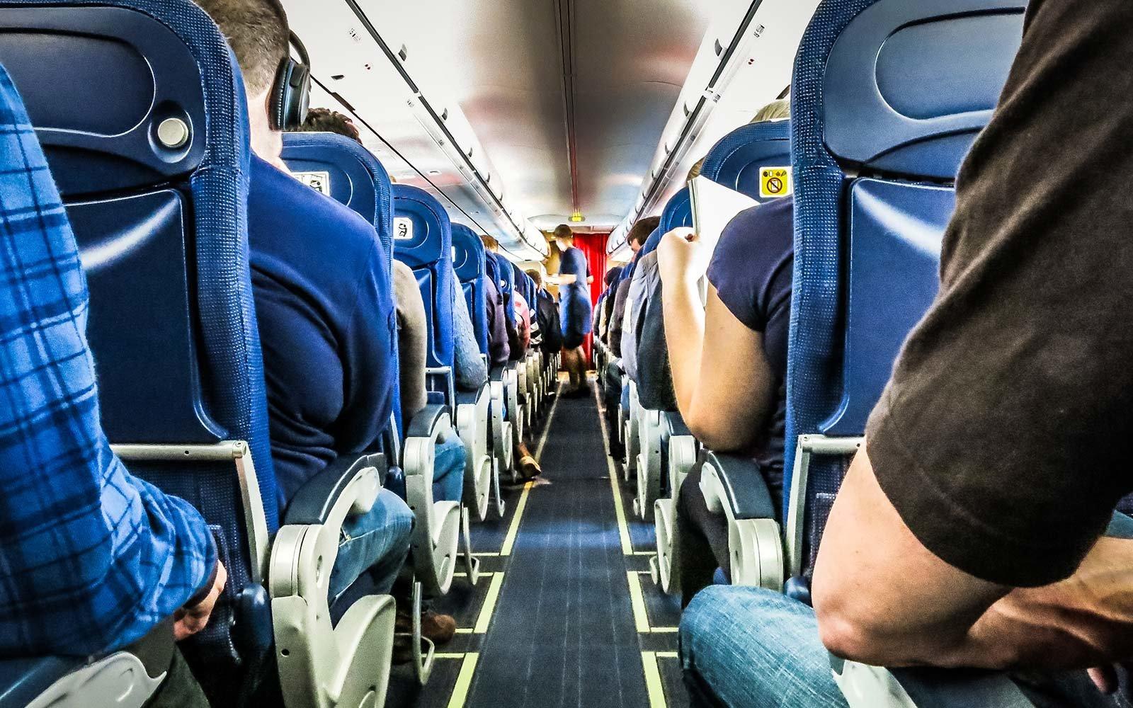 نشستن در هواپیما
