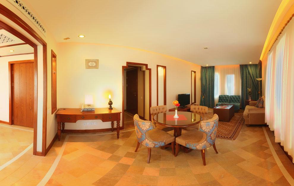 هتل پارسیان صفائیه