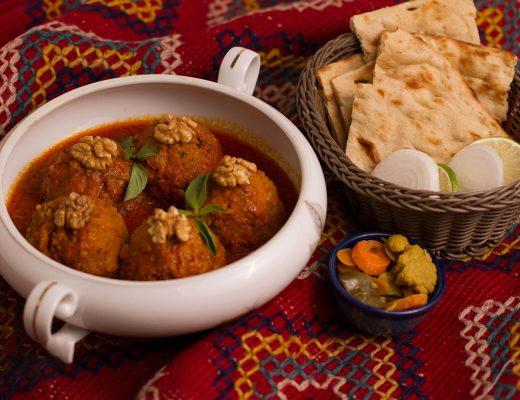 ۸ غذای محلی کاشان که باید امتحان کرد