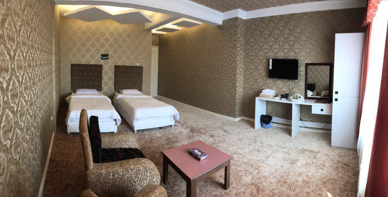 هتل رضوان خلیج فارس سرعین