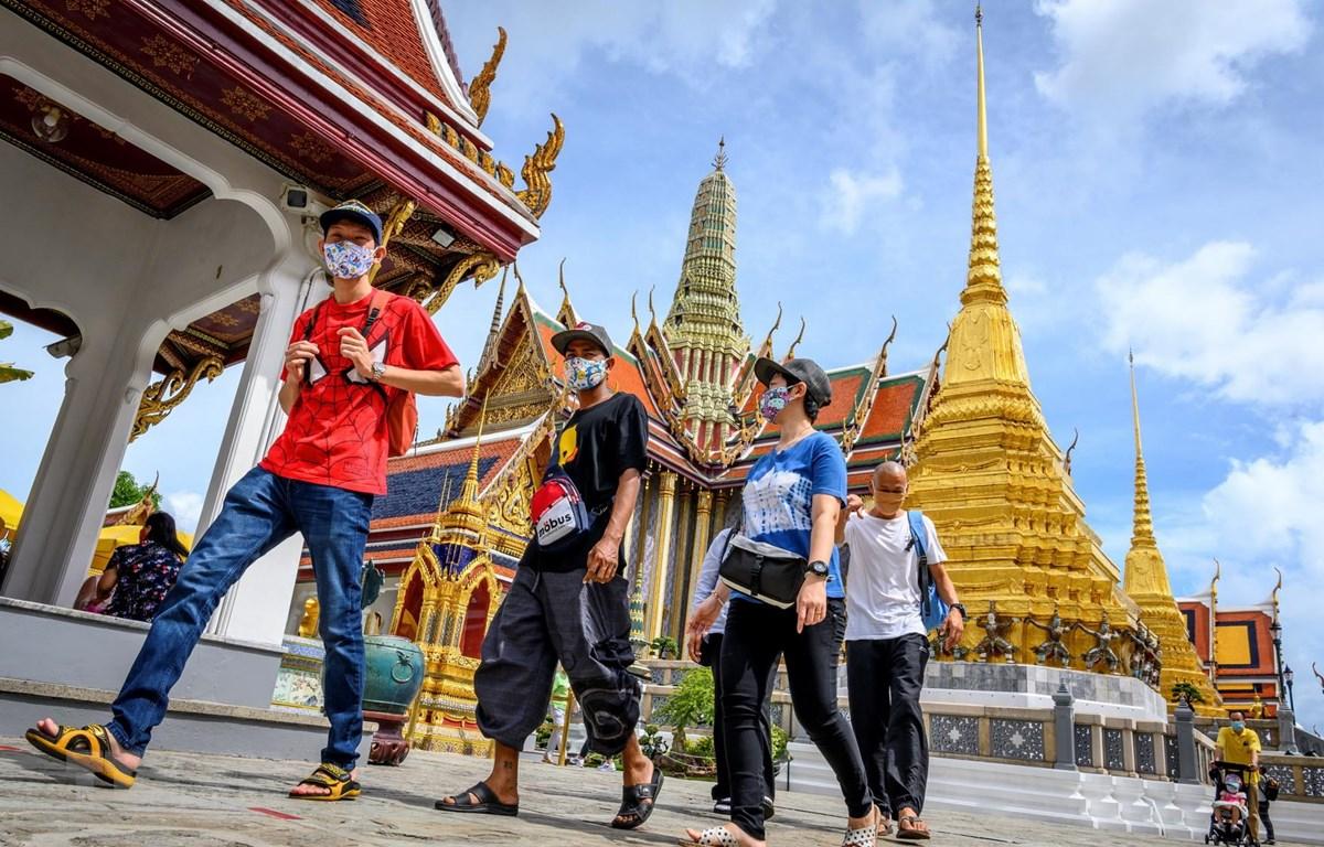 شرایط پذیرش مسافر در تایلند