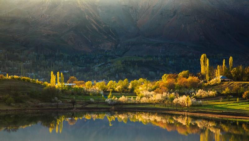 Ovan Lake in Qazvin province