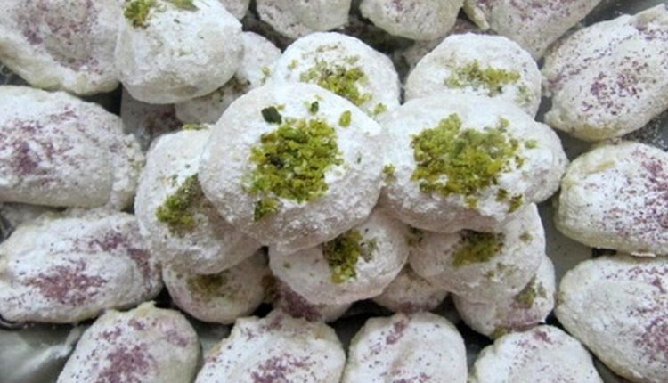 Qottab, the tastiest Yazd Sweet