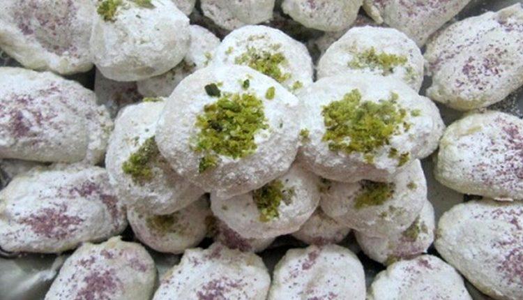 Qottab, the tastiest Yazd Sweet