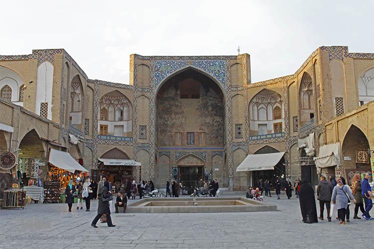 qeysarriyeh gate